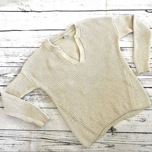 Lucky Brand cream sweater cable knit v-neck